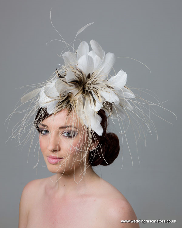 Ivory and Natural Chelsea Fascinator